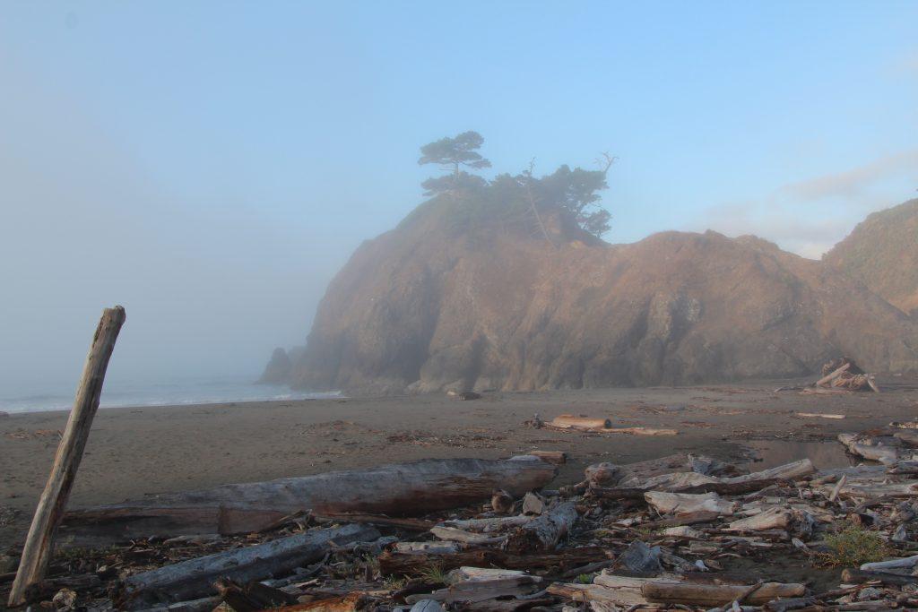 Tågen letter ved Battle Rock