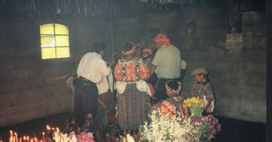 San Simón - barnehelgen i Guatemala
