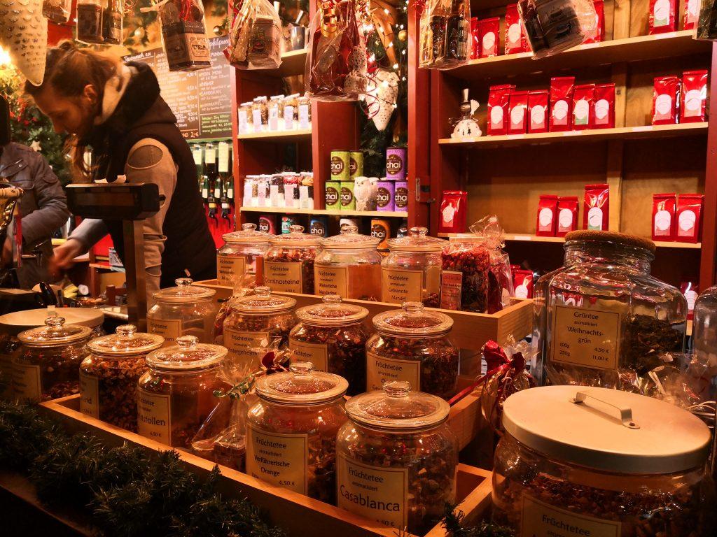 """Te- og kaffebod på """"Altenmarkt"""""""