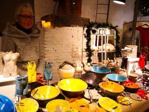 Kirsten Birkedal Wagners lertøj lyser op på julemarkedet i Ridehuset i Århus