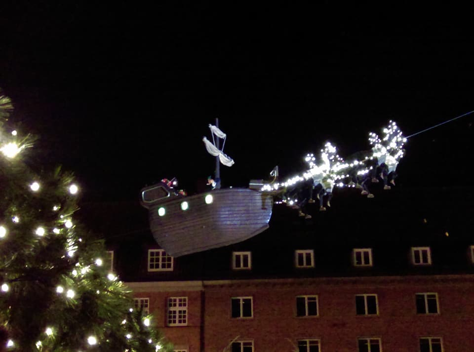 Nissen i sit juleskib
